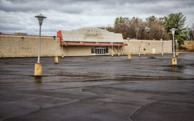 The Retail Apocalypse We Saw Coming by Harry Dent | Economy and Markets